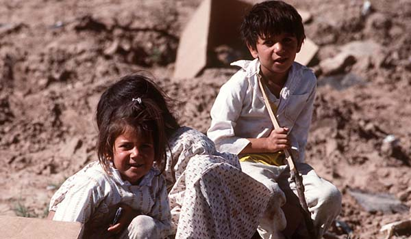 Kurdische Kinder im Grenzgebiet Türkei/Irak.
