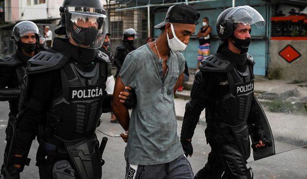 Kubanische Demonstrierende werden festgenommen